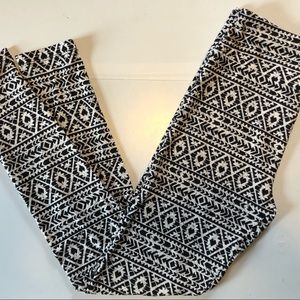 LuLaRoe Black & White Geometric Leggings OS
